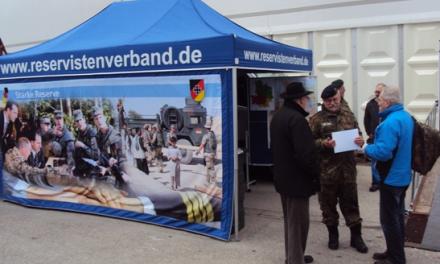 Bei WIR-Ausstellung in Dillingen mit InfoStand vertreten