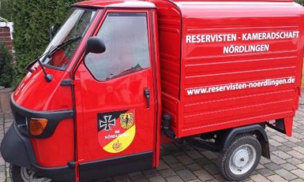 Werbeträger und Blickfang – das Versorgungsfahrzeug der RK Nördlingen