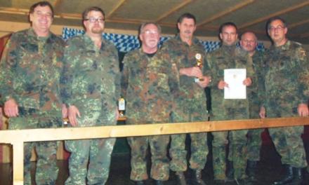 Wertingen wieder Kreissieger beim Nacht-O-Marsch 2012