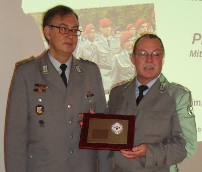 StOffzResAngel, Oberstleutnant Dieter Spieth, verabschiedet …